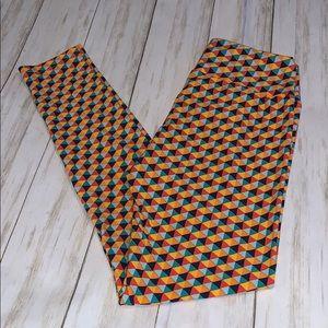 One size LuLaRoe Geometric Print Leggings